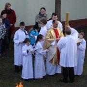 Liturgia Wigilii Paschalnej dla dzieci.