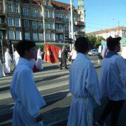 Procesja NSPJ z naszego kościoła do Chrustusowców