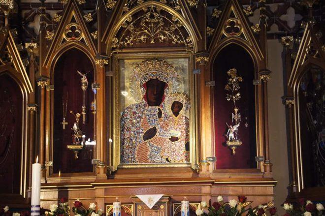 Obraz Matki Bożej Zwycięskiej Królowej Polski w Bazylice św. Jana Chrzciciela w Szczecinie